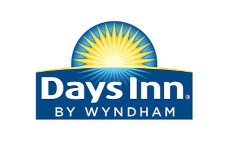 Days Inn by Wyndham Anaheim West-logo